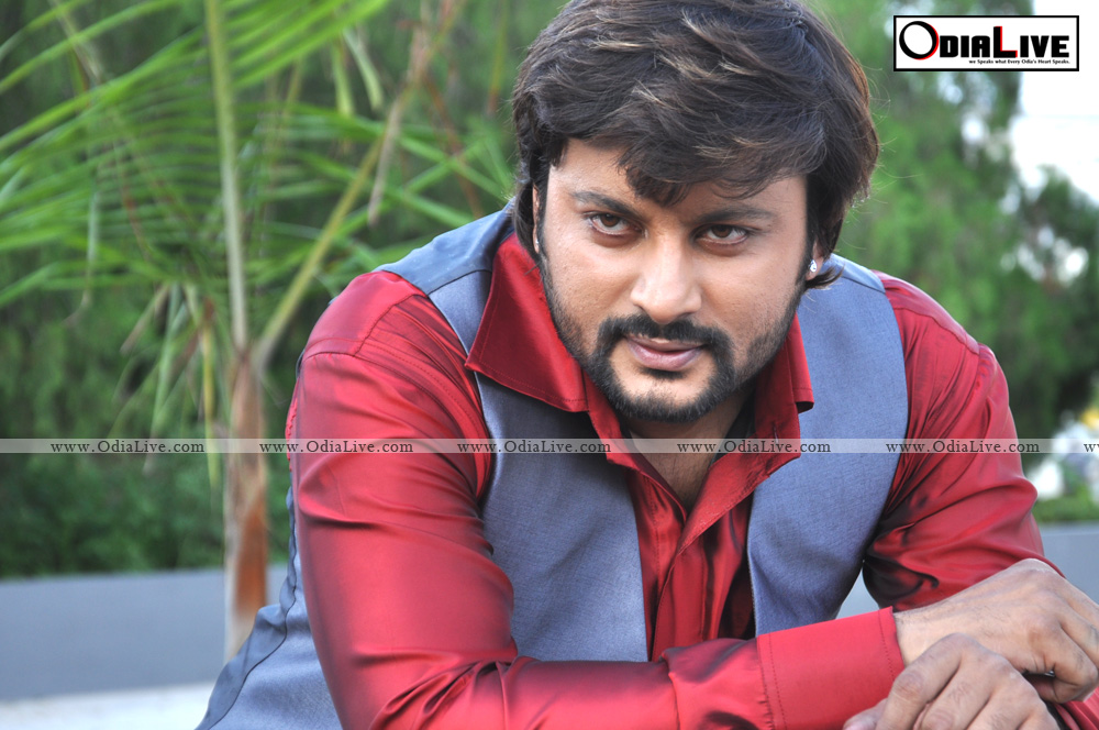 anubhav mohanty new look